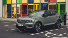 XC40 Recharge Pure Electric P8 Sage Green - exterior static