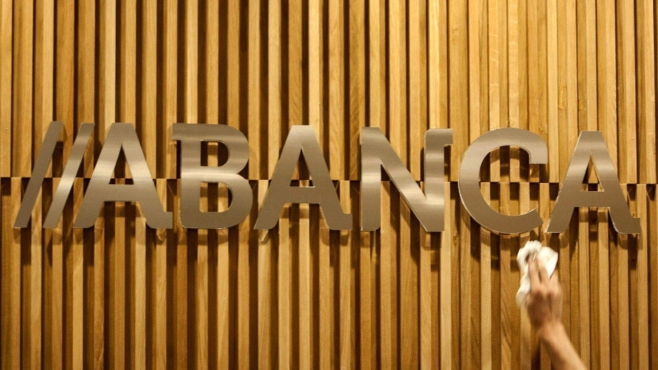 DBRS Ratings mejora la calificación de Abanca de estable a positiva