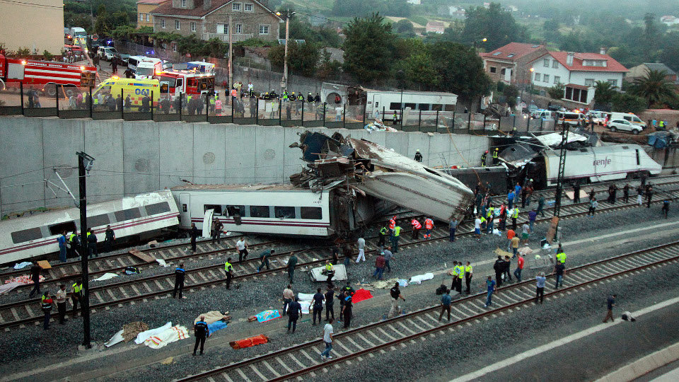 Tren accidentado del Alvia. AGN