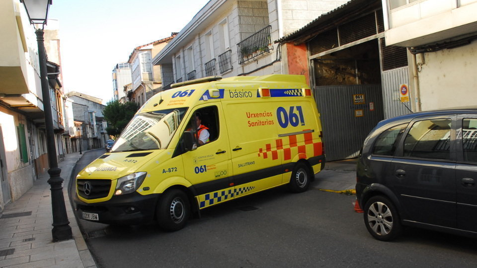 Ambulancia do 061. AEP