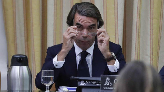 Aznar ve indispensable una intervención total e indefinida en Cataluña