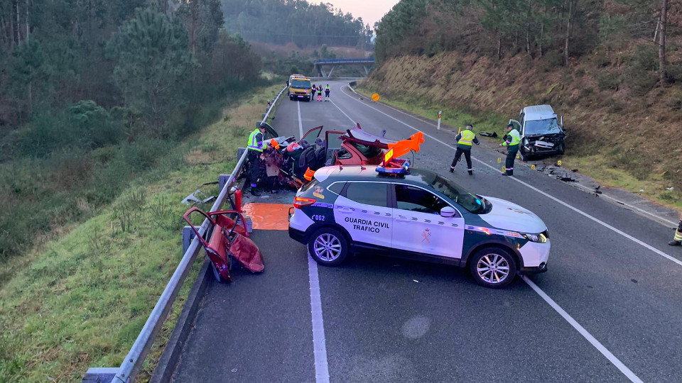 Los vehículos implicados en el accidente. GUARDIA CIVIL