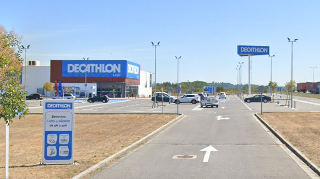 Tenda de Decathlon. GOOGLEMAPS